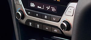 New Elantra with Dual Zone Temperature Control - Lia Hyundai Enfield